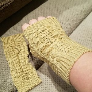 New knit fingerless gloves mittens